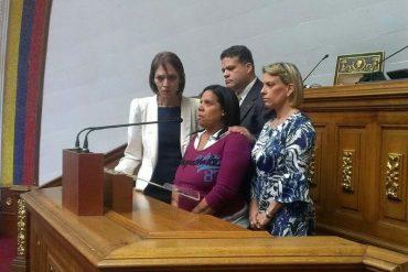 ¡CLAMOR DESESPERADO! Madre de tripulante del helicóptero desaparecido a Maduro: Que los busque como sea (+Video)