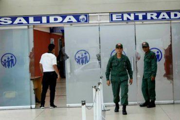 ¡MISERABLES! Presuntos milicianos robaron medicinas del área de Pediatría del  IVSS San Cristóbal