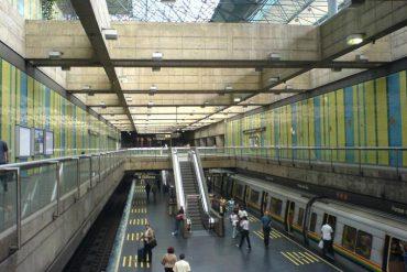 ¡PARA NO PERDER LA COSTUMBRE! Metro de Caracas cerró 29 estaciones a las 8:30 am este #12M