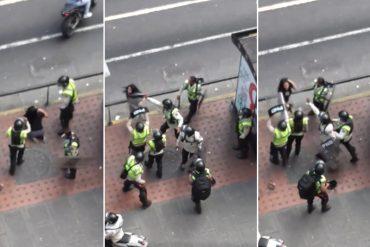 ¡COBARDES! Momento en que la PNB agrede, golpea y rocía gas directo en la cara de manifestantes (+Video)