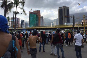 ¡ÚLTIMA HORA! Fuerte represión en Las Mercedes: reportan heridos