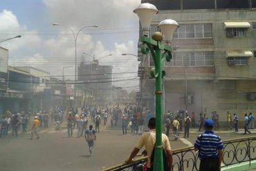¡LO ÚLTIMO! Protesta en San Fernando de Apure fue reprimida: Policía arrastró a liceistas  (Videos)
