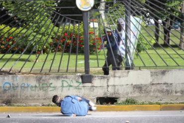 ¡NO DEJE DE VERLOS! Los miserables mensajes del jefe editorial de UN justificando asesinato de David Vallenilla