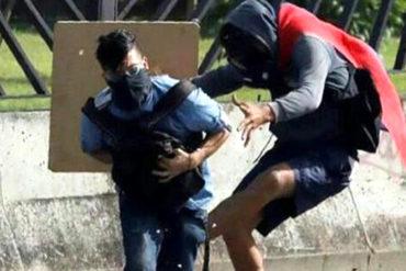 """¡MUCHACHO VALIENTE! Habla el escudero que intentó salvar a David Vallenilla : """"No somos terroristas"""" (+Video)"""