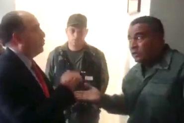 """¡QUÉ BOCHORNO! Así agredió el """"tristemente célebre"""" coronel Lugo a Julio Borges (+Video)"""