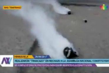 ¡QUÉ ABUSO! GNB atacó con piedras y lacrimógenas a periodistas que cubrían trancón en El Rosal (+Video)