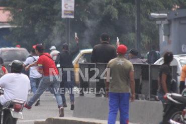 ¡HORROR! Un fallecido y varios heridos tras brutal arremetida de colectivos armados en Catia (+Rompieron cuadernos)