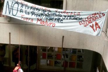 ¡EL OESTE ACTIVO! Protestaron contra Maduro en centro comercial de Propatria (Video)