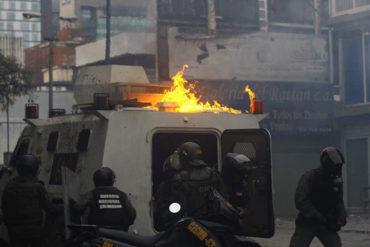 ¡BATALLA CAMPAL! Dos heridos y siete detenidos tras brutal represión de la GNB en Bello Campo (+Fotos)