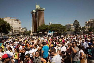 ¡PARTICIPACIÓN HISTÓRICA! Miles de venezolanos en el exterior votan en la consulta popular #16Jul