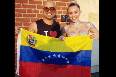 ¡ENTÉRATE! Miley Cyrus y el cantante Robert Vogu se retrataron con bandera venezolana y sacudieron las redes