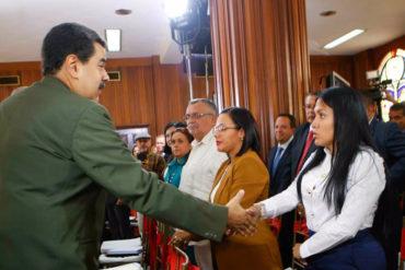 """¡RECORDAR ES VIVIR! Cuando Laidy Gómez se arrodilló ante la ANC (hoy le pusieron de """"protector"""" de Bernal en Táchira)"""