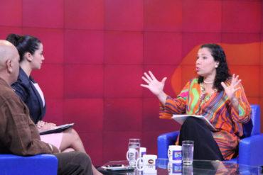 """¡LA MÁS DESCARADA! Tania D' Amelio: """"En Venezuela hay una democracia de alto voltaje"""""""