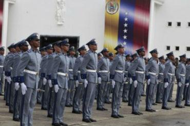 ¡LO QUE FALTABA! Cadetes de la Academia Militar de Medicina servirán a la red de salud pública