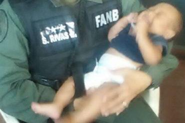 ¡DESGARRADOR! Abandonaron a un recién nacido en el baño del Mercado Municipal de Tinaquillo