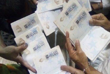"""¡SEPAN! Abuela de niña retenida en Maiquetía: """"Yo misma gestioné los documentos para que viajara"""""""