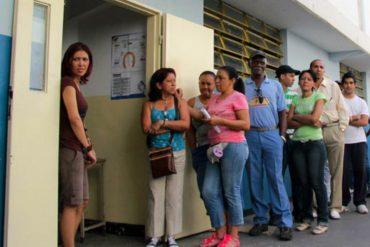 ¡ABUSO! En centro electoral de Hoyo de la Puerta impiden entrada de testigos