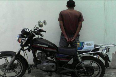 ¡BIEN MERECIDO! Detienen a hombre por intentar robar más de 1 millón de bolívares en comida de un supermercado