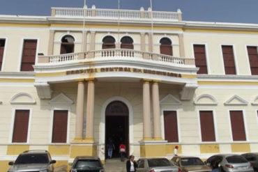 ¡SOLO EN VENEZUELA! Murió paciente durante apagón en el Hospital Central de Maracaibo este #24Dic (nadie se dio cuenta hasta que llegó la luz)