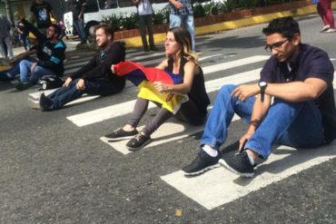 ¡SE VIENEN CON TODO! Estudiantes de la Universidad de Carabobo retomaron agenda de protesta de calle