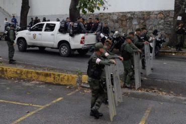 ¡ATENCIÓN! Morgue de Bello Monte sigue custodiada: cuerpo de Óscar Pérez continúa en el lugar