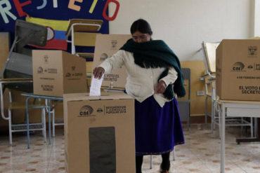 ¡HAY UN CAMINO! Arrasó el sí: Ecuatorianos aprobaron suprimir la reelección indefinida