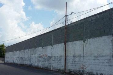 ¡INSÓLITO! Preso se fugó trepando un poste eléctrico en Zulia
