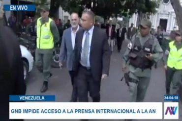 ¡ÚLTIMA HORA! Efectivos de la GNB impiden a medios de comunicación ingresar al Palacio Federal Legislativo (+Videos)