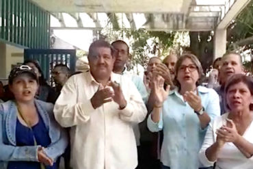 ¡SECTOR EN CRISIS! Trabajadores de la salud protestan en Caricuao este #11Abr por mejoras salariales (+Videos)