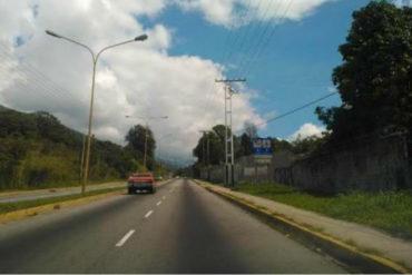 ¡PAÍS EN UN HOYO! El megahueco del que te debes cuidar si transitas por Mérida (+Foto)