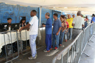 """¡AFECTADOS! Votantes colombianos en Venezuela piden apoyo ante la crisis: """"Acuérdense de nosotros, gane quien gane"""""""