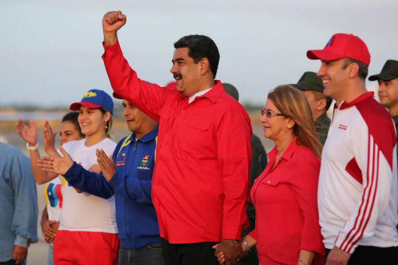 ¡DESCARO! Maduro advierte que la cosa es