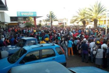 ¡ATENCIÓN! Denuncian que intentaron saquear un C.C en El Tigre: llegó comida, pero no la venderán hasta el domingo #20May