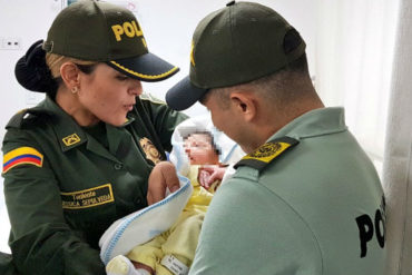 ¡QUÉ DOLOR! Bebé venezolana de 4 días fue abandonada por su mamá en Cúcuta con una triste nota (+Video)