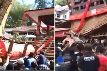 ¡INSÓLITO! Hombre muere en un funeral aplastado por el ataúd de su madre (+Video)