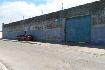 ¡SEPA! Cinco adolescentes se fugaron por la puerta principal del Centro de Los Cocos en Margarita