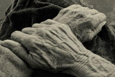 ¡QUÉ DESALMADOS! Asesinaron a anciano en Carabobo para robarle su pensión en efectivo (apenas 2 millones de bolívares)