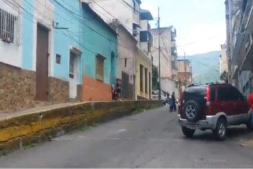 ¡HARTOS! Habitantes de Altagracia y La Pastora cacerolean en protesta por cumplir 40 horas sin luz #17Ago (+Videos)