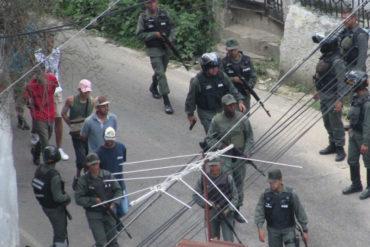 ¡LO ÚLTIMO! La GNB llegó a La Matica y se llevó un grupo de jóvenes por la protesta de este #16Ago (+Fotos)