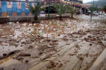 """¡IMPACTANTE! Lo que dice este vidente sobre las lluvias caídas hoy en Vargas: """"¿Designio de un final""""?"""
