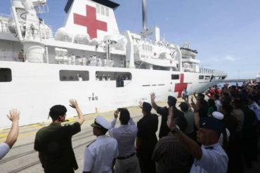 ¡INHUMANO! Denuncian que buque chino discriminó a pacientes por razones políticas y atendió a muy pocos personas