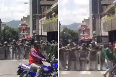¡SEPA! Reportan piquete antimotín de la GNB en protesta de pensionados frente al IVSS (+Video)