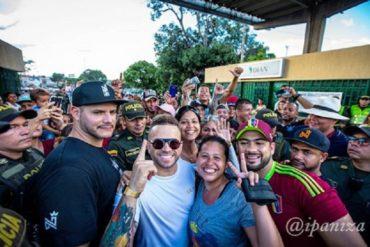 ¡GENEROSO! Nacho llevó ayuda a venezolanos en la frontera con Colombia (entregó más de 100 bolsas de mercado) (+Fotos y Video)