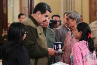 ¡SEPA! Maduro condecoró a militares heridos en el presunto atentado del #4Ago y ascendió post mortem a los GNB asesinados en Amazonas
