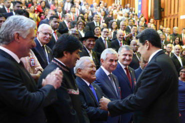 ¡BIEN RARO! Los 6 países que acompañaron a Maduro en su juramentación pero se abstuvieron de votar en contra de la resolución OEA