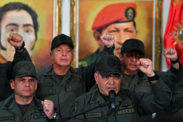 """¡POR FAVOR! Vladimir Padrino López  reporta """"normalidad"""" en  cuarteles militares"""