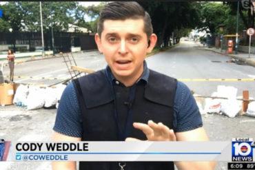 ¡ALERTA! Funcionarios de la Dgcim detienen al reportero estadounidense Cody Weddle (Lo acusan de traición a la patria)