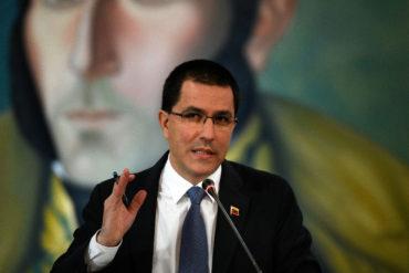 ¡UY, QUÉ MIEDO! Arreaza advierte que si EEUU toma embajada en Washington, harán lo mismo con sede norteamericana en Caracas (+Video)