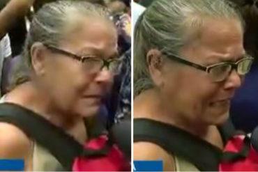 """¡FUERTE! El desgarrador testimonio de una mujer en Maracay: """"No hay comida. ¿Nos quiere matar ese burro de hambre? (+Video)"""