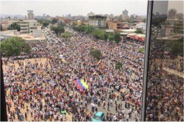 ¡A REVENTAR! Así de masiva fue asistencia a la concentración en Barquisimeto para dar inicio a la Operación Libertad (+Video +Fotos +Guaidó no llegó)